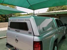 AMAROK DOUBLE CAB RSI SMART CANOPY with built in TABLE