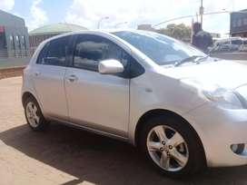 Toyota Yaris 2006 model for sale