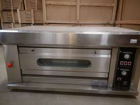 Brand new 1 deck 2 tray electric baking ovens