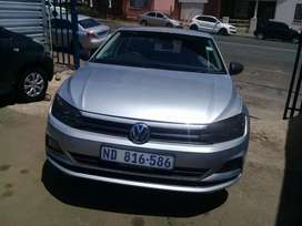 2018 Volkswagen polo 8 1.0 TSI with a Service book