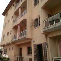 TO LET 3Bedroom Flat 0