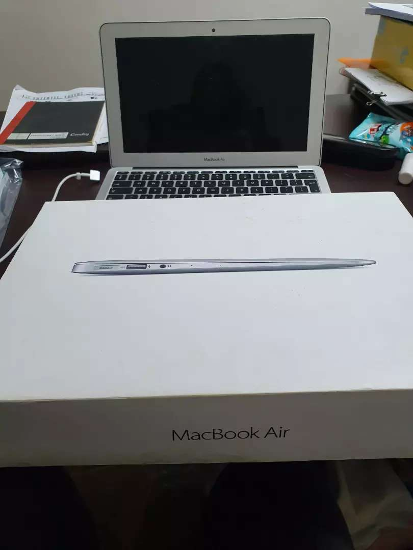 MacBook air 12inch 0