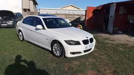 BMW 323i E90 2008 model 6 speed Full house On Sale!!