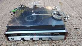 Sanyo Solid State 4 Band  Tuner & Turntable