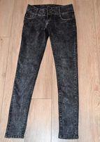 Spodnie jeansy czarne dekatyzowane r. 36/38