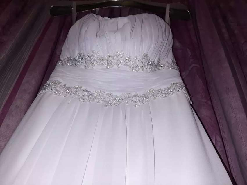 I'm selling my Bride and Co wedding dress 0