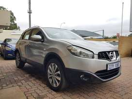 Nissan Qashqai  Year Model :2014 Engine :1.6ltr  Mileage :84000km