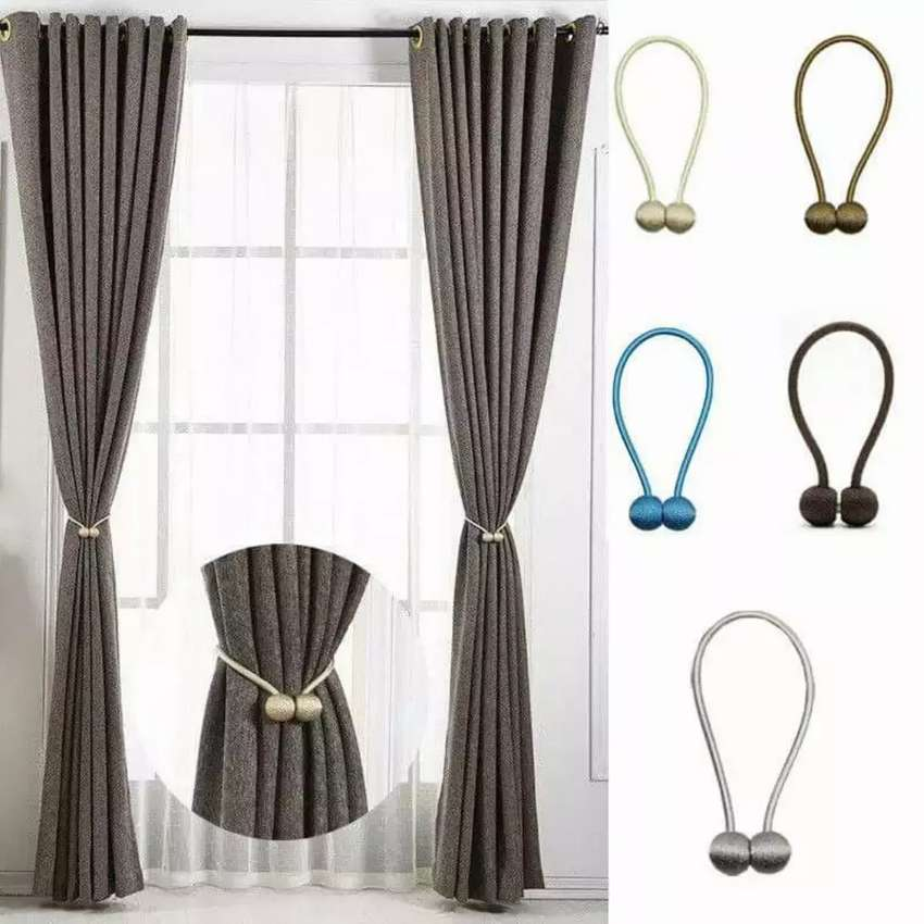 Magnetic curtain holders 0