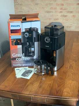 Philips HD7762 grind and brew coffee machine