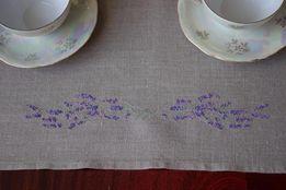 Кухонное полотенце( или минискатерть)из 100%-го льна с ручной вышивкой