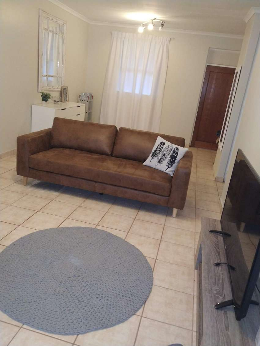 Beautiful two bedroom flat for sale @Coron Park, Secunda 0