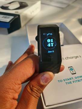 Fitbit charge 3 for sale (mint condition)