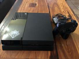 PS4 console with 16 games