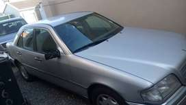 i am not selling but i am looking for a car