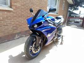 Yamaha R1 Big Bang