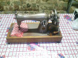 Швейная машинка производства СССР