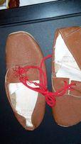чешки из кожи на шнурках и на резинке 17 см и 19 см