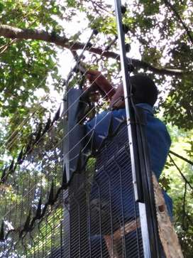 Electric Fence Installer