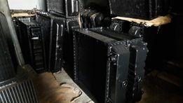 Радиатор медный ЗИЛ-130 Т-150 К-700 Газ-52 Газ-3307 МТЗ ЮМЗ ДТ Камаз