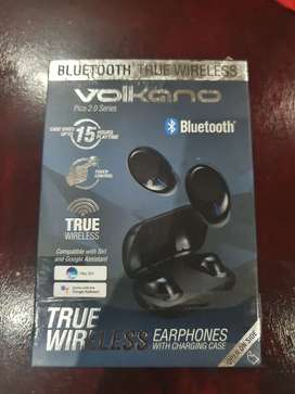 Volkano Pico 2.0 series True wirelesss earbuds with charging case