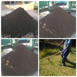 Combost and potting soil for sale R1100