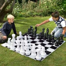 Medium Chess For Hire