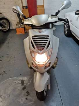 2000 Kymco Bet and win