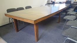 Stół drewniany, piękne, grube drewno, fornirowany