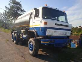 Nissan CW41 double diff , 16000 litter water tanker