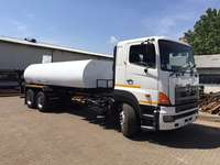 Image of Toyota Hino 18000l Water truck