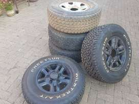 255/75R16 - 4 Mags with tyre + Spares Wheel