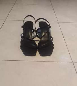 Brand new shoes, size 40, ZAR 400