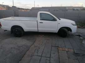 Toyota hilux vvti petrol bakkie driving licensed and papers