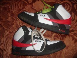 Фирменные Fila оригинал кроссовки сникерсы на 39 размер
