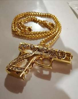 2 PAC Pendant and Chain R299