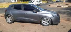RENAULT CLIO 4 AVAILABLE IN EXCELLENT CONDITION