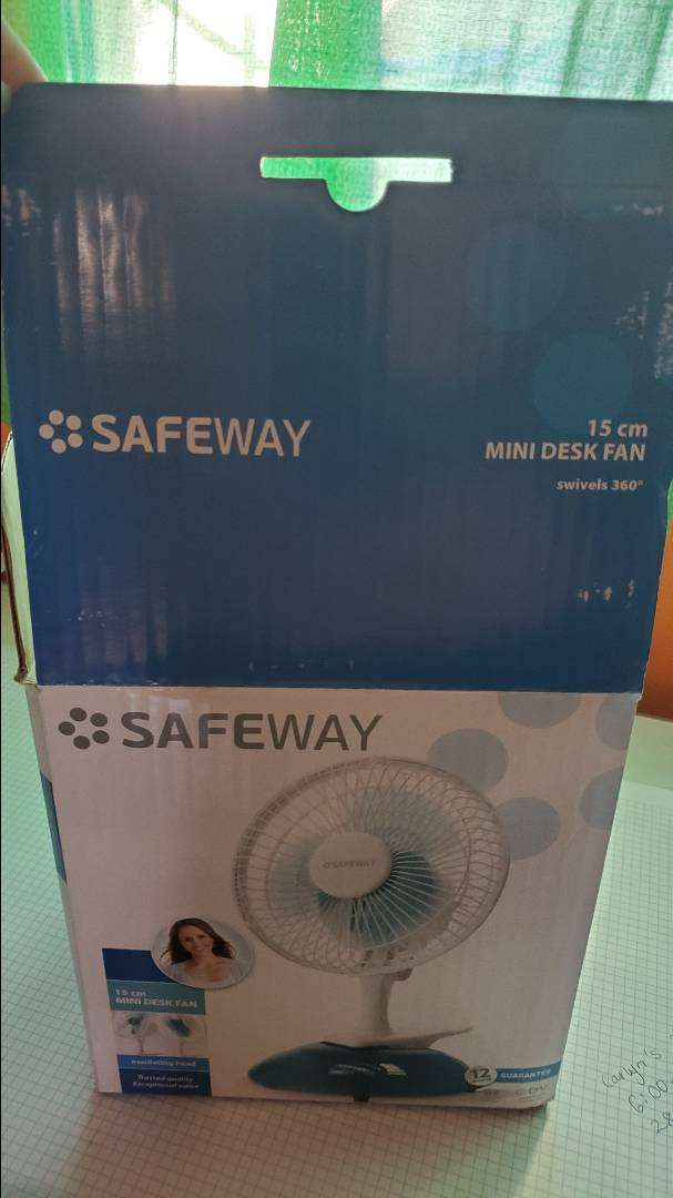 Safeway desk fan 0
