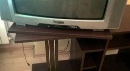 Używany stolik pod telewizor w dobrym stanie - kolor wenge, obrotowy