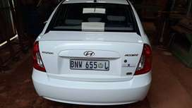 Beatifully maintained Hyundai Accent 1.6L 2010