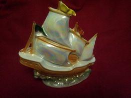 Фарфоровый кораблик-ночник из Германии.