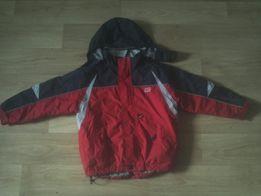 Куртка на мальчика с капюшеном, б/у