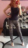 Женские рваные штаны - джинсы Terranova (XS)