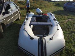 Продам лодку aquastar 430 с мотором honda bf10
