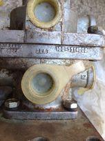 Кран тормозной 2-х секц. пааз 100-3514008 новый ссср камаз маз зил