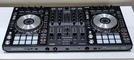 MOBILE DJ for hire for parties with sound
