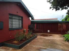 STUNNING 3 BEDROOM HOUSE FOR SALE