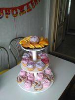 Подставка под торт и капкейки. Свадебный торт.Аренда