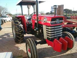 Mf 165 tractor rebuild with canopy.And garantee.