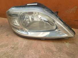 NISSAN NP200 RIGHT HEADLIGHT FOR SALE