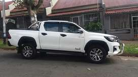 2018 Toyota Hilux 4×4 gd6 Leather seats